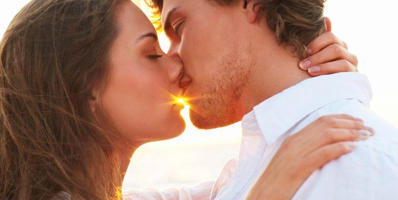 Как сделать приятное своему парню поцелуи 884