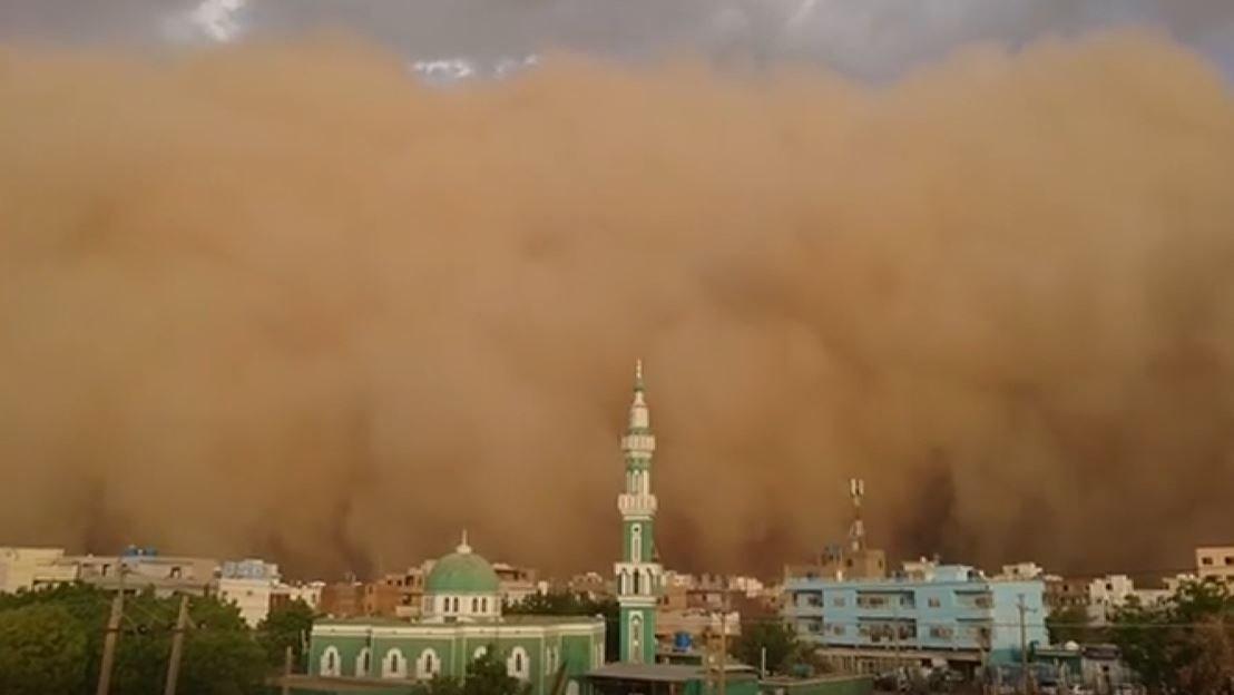 See this massive dust storm prepare to swallow Khartoum