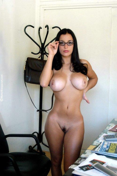голые сочные женщины фото