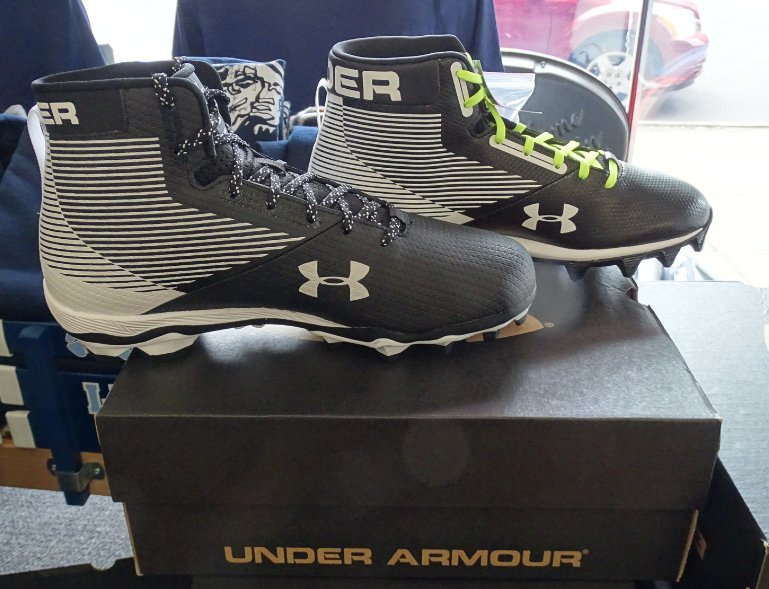test Twitter Media - Storewide Sale at @BeattysSports! New Under Armor Football Shoes 20% and all other shoes 70%! Stop in today & gear up!!! https://t.co/0uH3bFFwfW