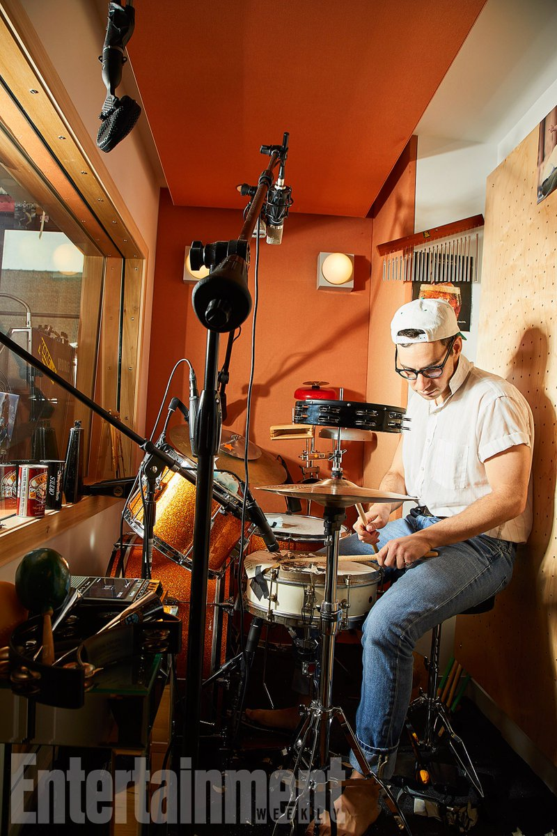 Tour @JackAntonoff's studio, where hits for Taylor Swift and more were born:
