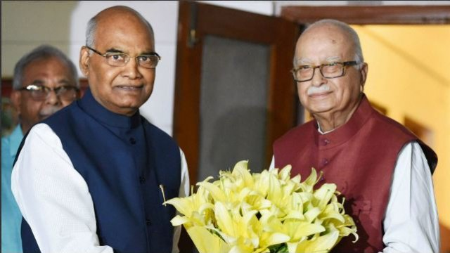 Ramnadh Kovind, NDA's presidential candidate called on LK Advani. https://t.co/iIDyvqvMXh
