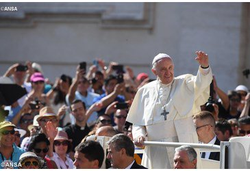 Pope Francis at General Audience: 'Saints are sign of Christian hope'