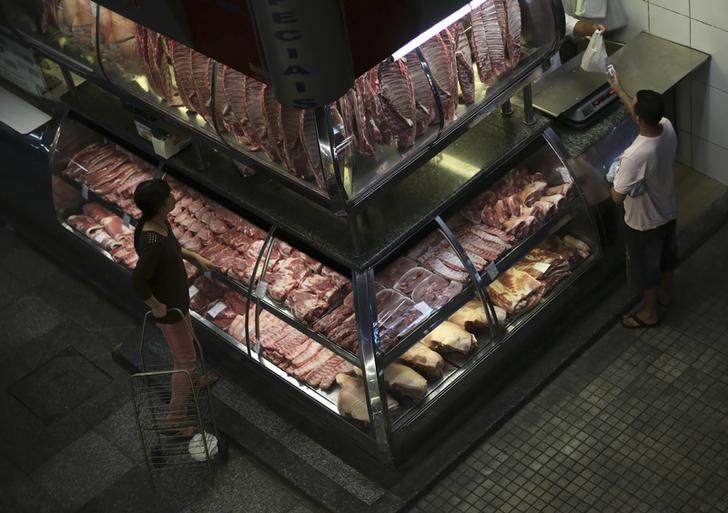 U.S. bans fresh Brazil beef imports over safety concerns