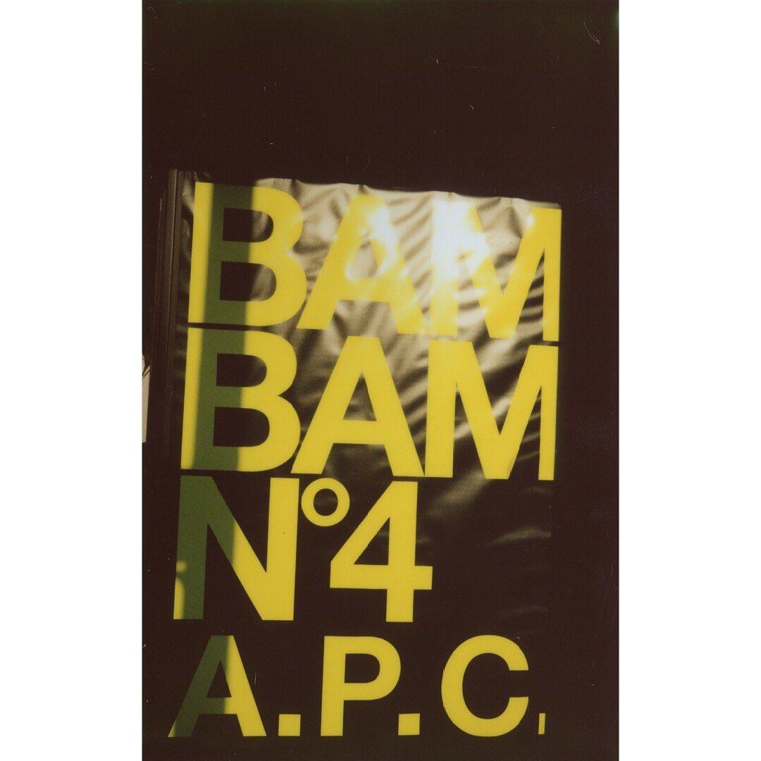 #APC BAM BAM パーティー N°4  場所 : La Discotheque, 80 blvd de Clichy #Paris  ポラロイド : #PierreAngeCarlotti https://t.co/RjHACegRZE