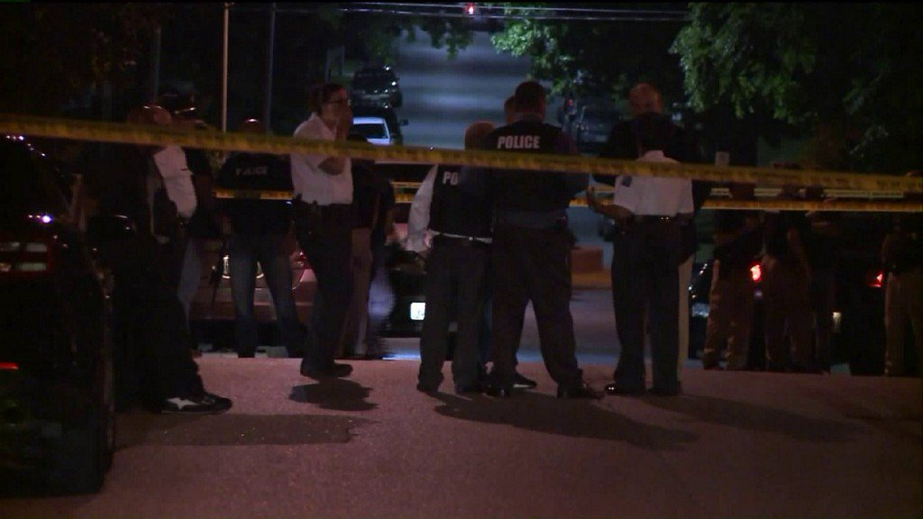 Off-duty officer wounded by fellow cop in north St. Louis shootout