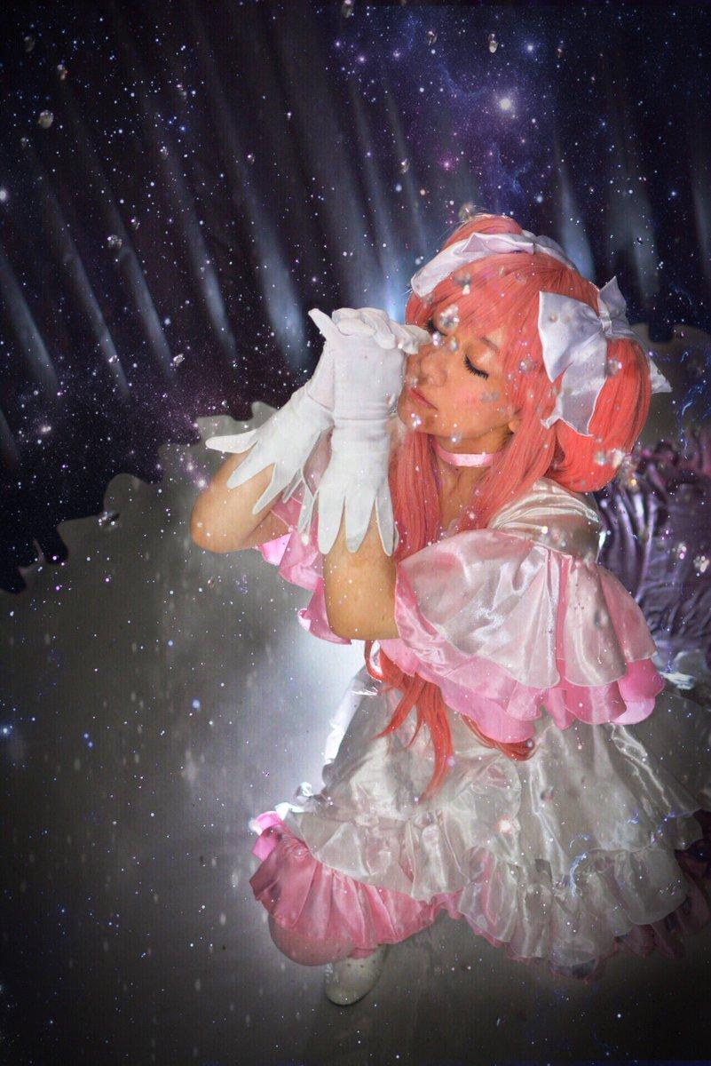 魔法少女まどか☆マギカアルティメットまどかphoto たなかさん水の粒が星みたいにキラキラしてて素敵だったので加工してみ