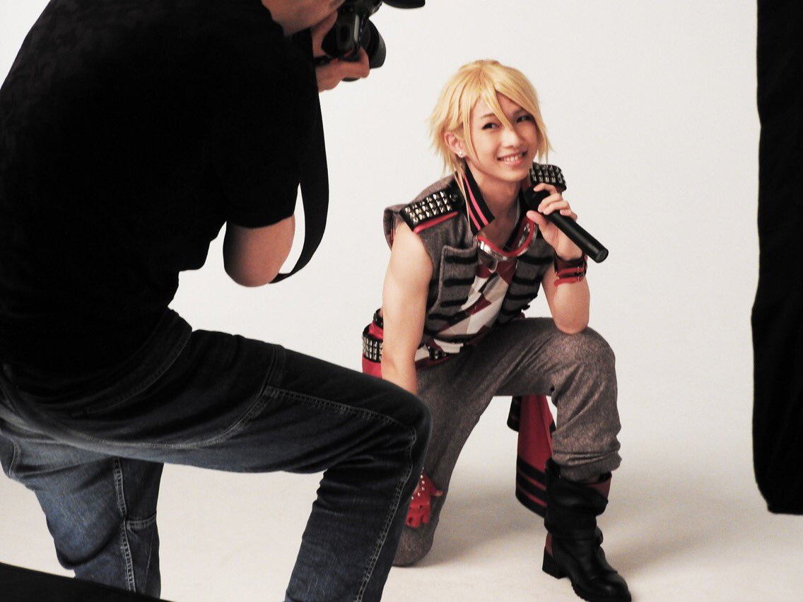 B-PROJECT on STAGE 『OVER the WAVE!』の撮影風景をお届けします!寺光遙日役:滝澤諒さん!