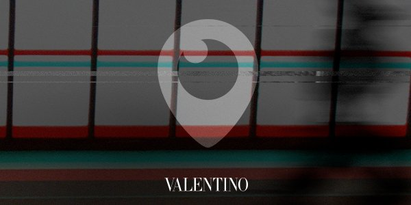 Tune in on #Periscope at 5.30pm CET to watch the #ValentinoMenSS18 Show by #PierpaoloPIccioli live from #Paris https://t.co/22SdgdpBmq