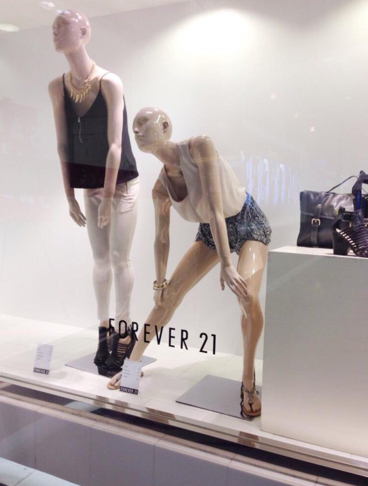 RT @_wizkid_: Woke up feeling more tired than these two. @Forever21 😏 https://t.co/8XN4pylWEM