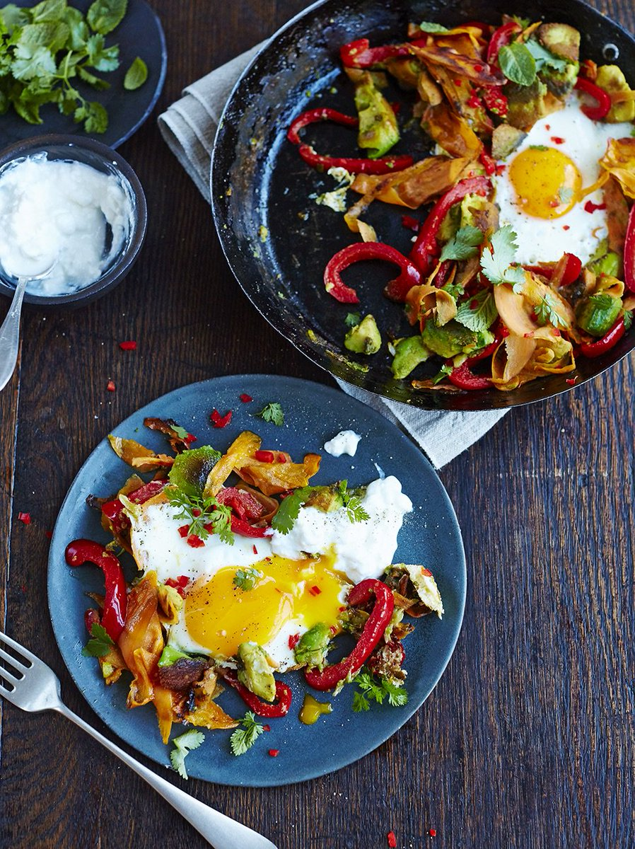 Ease into your weekend with this simple charred avo & eggs recipe. ????  https://t.co/AHDj9EPDFQ https://t.co/tZqHyzMi2g