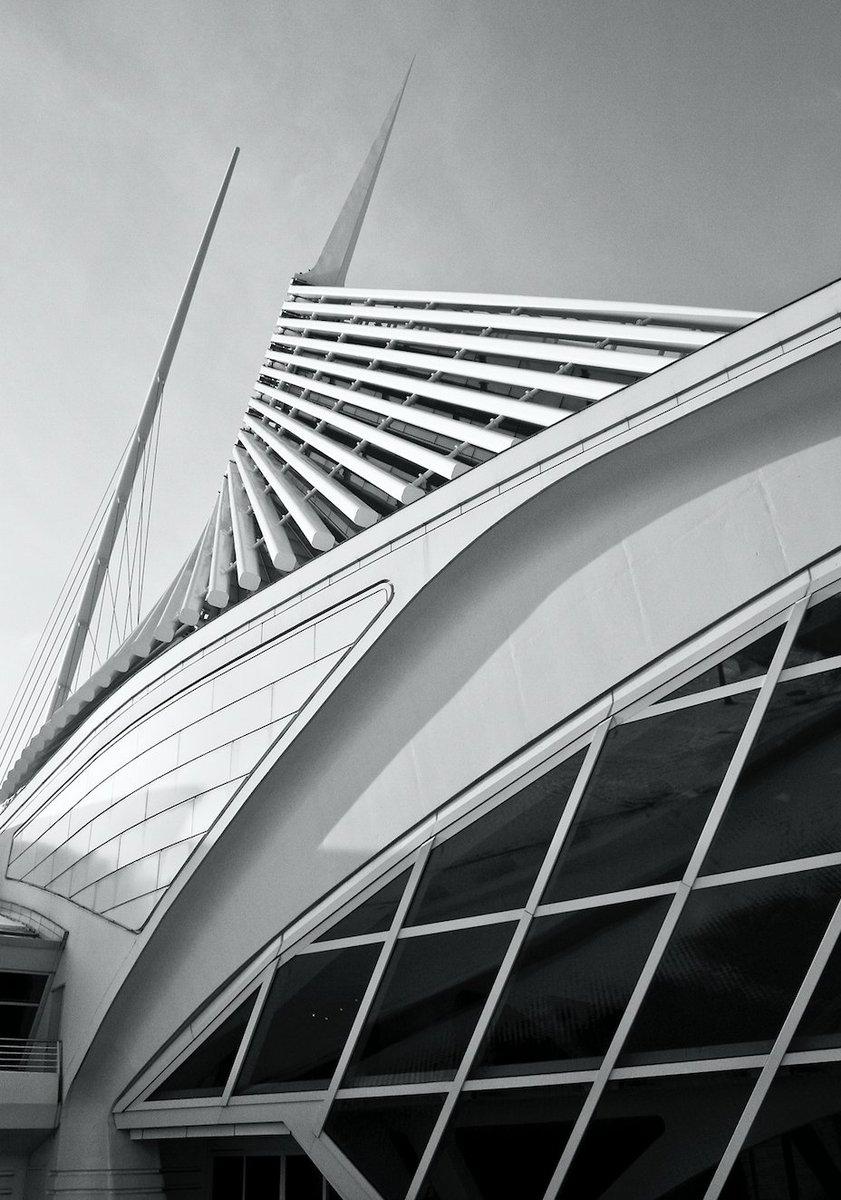 Photographers — take some pics of architecture around you: https://t.co/OcAr2aV7I7 https://t.co/xZrqtH0YRN