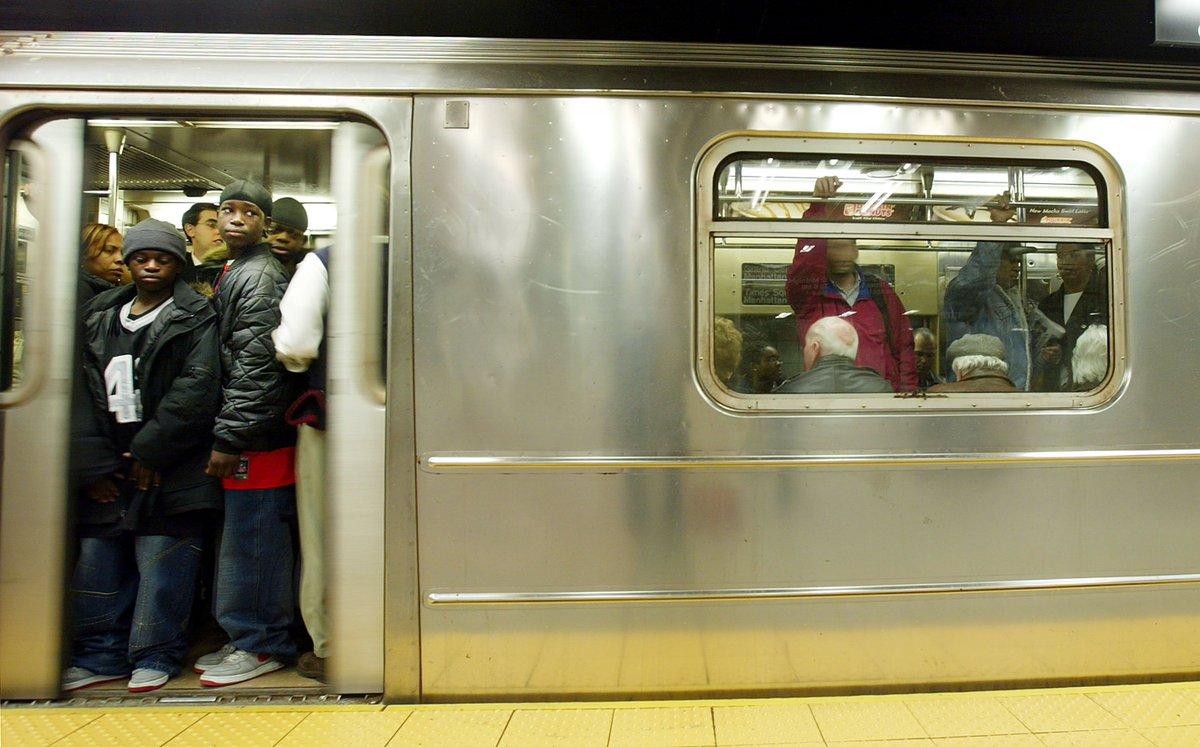 Dear New York City MTA: Fix the subway system. Now.