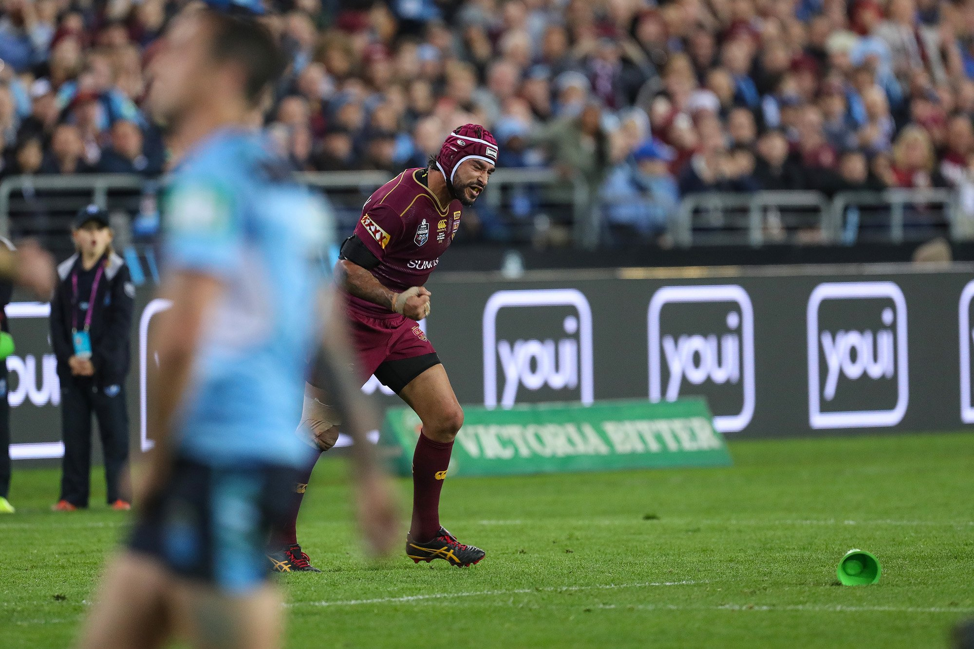 YESSSSS! Thurston edges the @QLDmaroons aheads #QLDER #origin #ridemcowboys https://t.co/3WESE6i8Gi