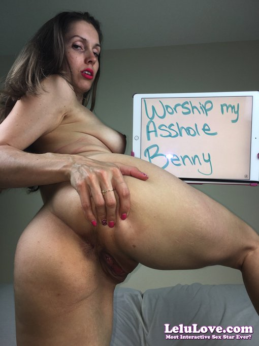 Worship my #asshole :) #XXX #porn #pussy (get your own custom pic here: https://t.co/lm1yXGN4ga) Member