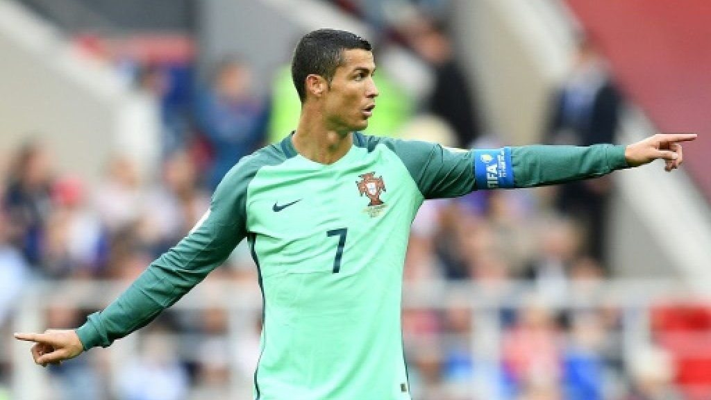 What problems? Ronaldo on target in Portugal football win