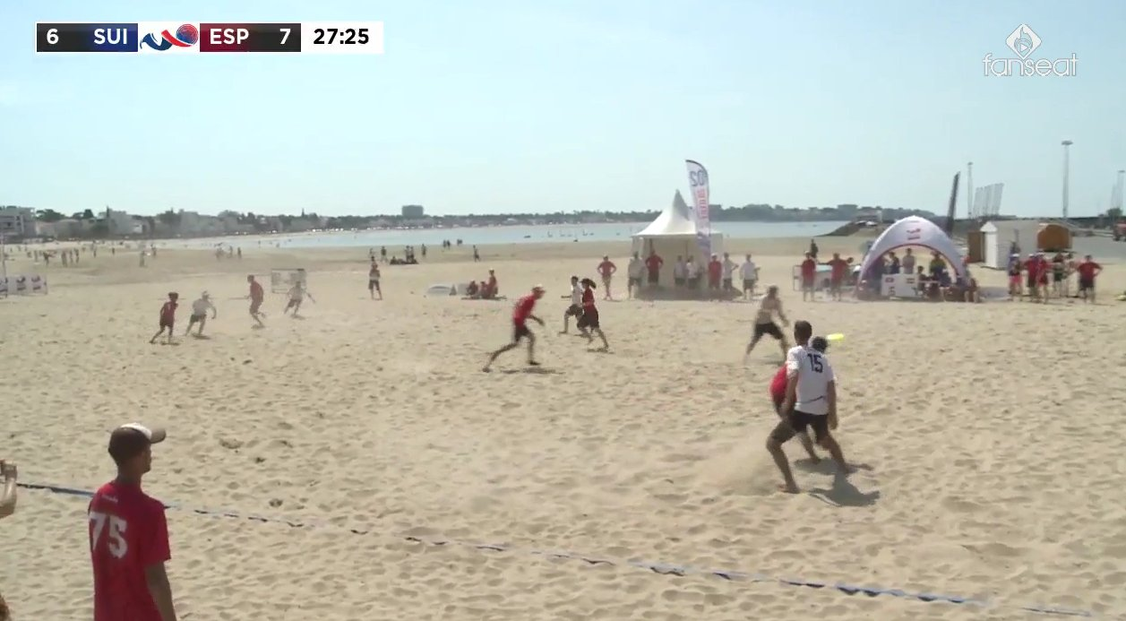 #Swiss Mixed Master score to 7:7  (Wombat-Point M&auml;si -&gt; R&ouml;tu ?  )  #WCBU2017 #MMIX #SUI #ESP #BeachUltimate https://t.co/CBefhPDPXh <a href='https://twitter.com/RedisUltimate/status/877826825551884288/photo/1' target='_blank'>See original &raquo;</a>