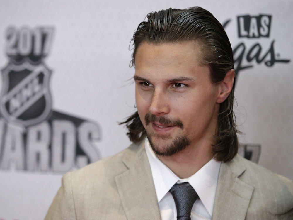 Sens' Erik Karlsson gets short shrift at NHL awards via @npsport