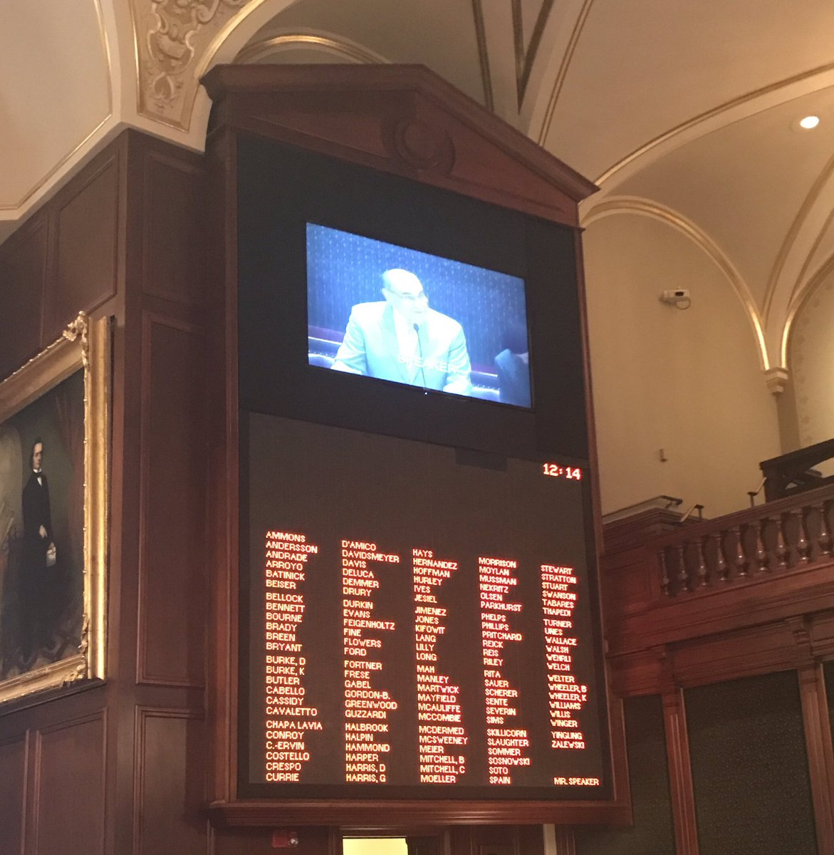 test Twitter Media - 2nd day of Governor Rauner's Special Session lasted 14 minutes. Another wasted $40,000 of taxpayer money.  #RaunerDoYourJob #BudgetNow https://t.co/LSQJlNEoa1