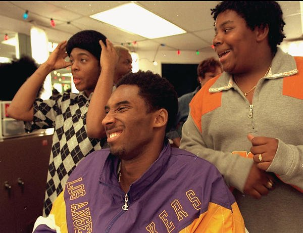 BREAKING: The Lakers have traded the right to Kobe Bryant for Kenan, Kel and a 2019 second-round pic (per @fakewoj) https://t.co/wOSfyPMHD9