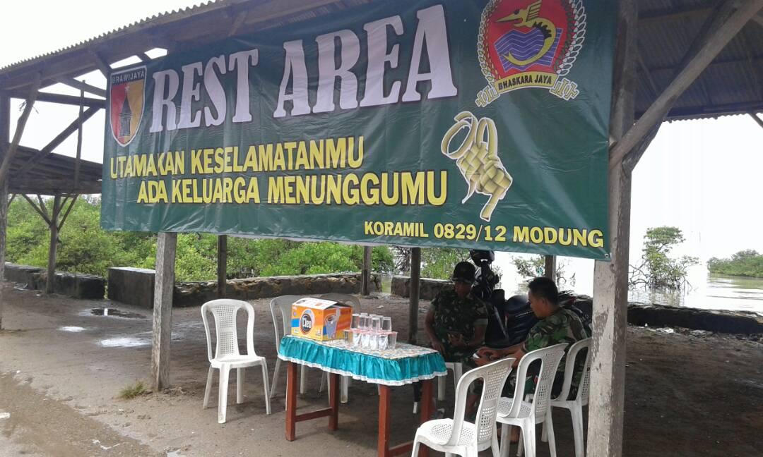 Kodim 0829 Bangkalan Siapkan Rest Area di Tiga Poros https://t.co/SrrFBs9wzt https://t.co/tlwKU1rbKj