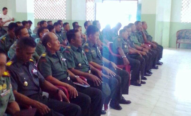 Kodim Bangkalan Rapat Evaluasi Program Kerja Semester I 2017 https://t.co/GkgNiOUgYa https://t.co/qiiCEpvbQE