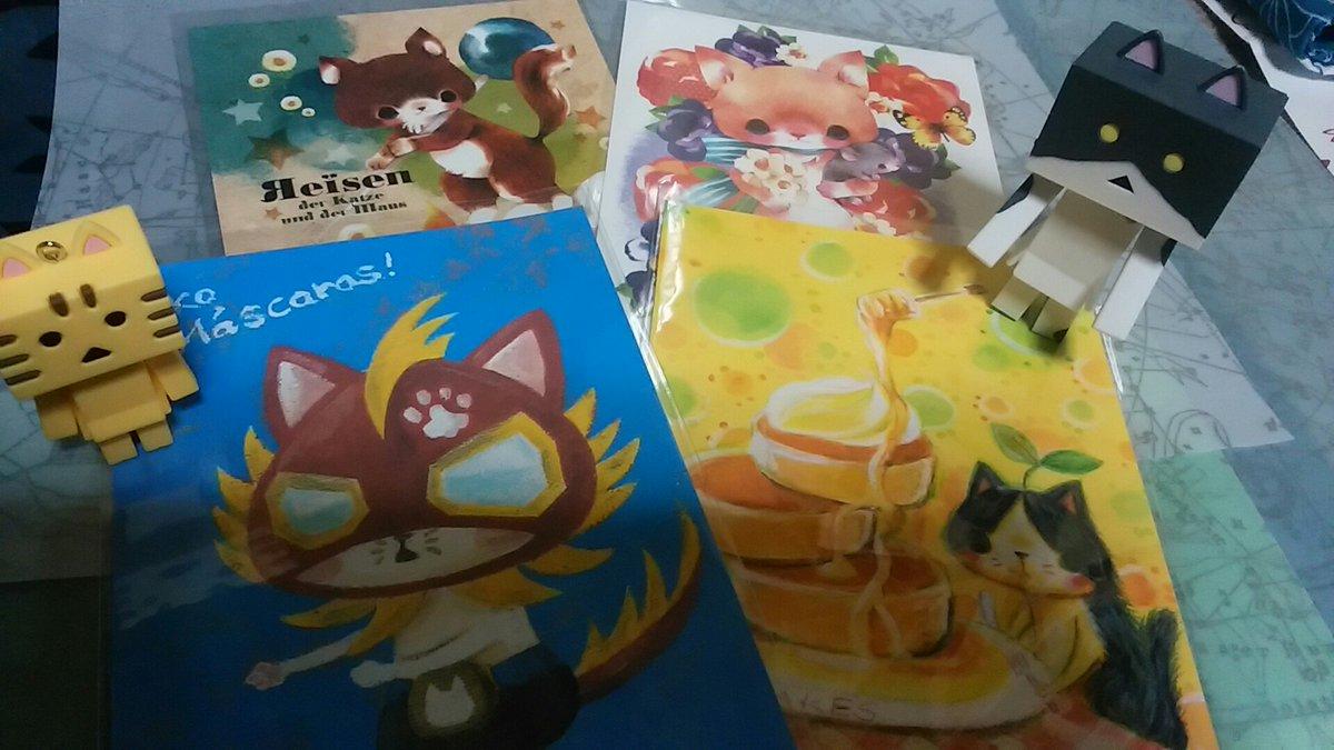 にゃんぼー「パンダと猫の雑貨展」最終日に行く。以前いった時にはなかったかわさきさん( )の仮面にゃんこのポストカードをT