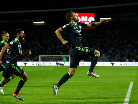 World Cup qualifiers: Wales draw in Serbia to keep hopes alive