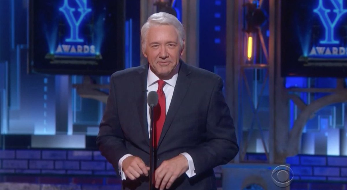 Watch: @KevinSpacey shows off Johnny Carson, Bill Clinton impressions at the
