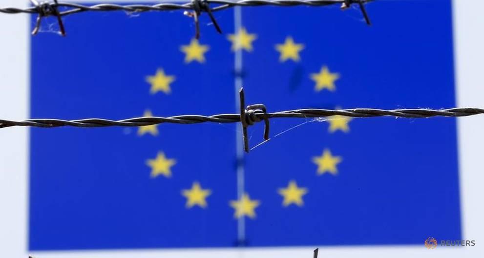 EU exec to open probes into Poland, Hungary, Czech Republic over migration