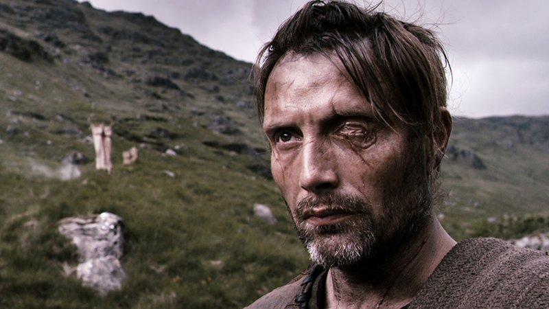 11世紀スコットランド、奴隷として賭け試合での死闘を強いられてきた独眼の戦士ワン・アイ。ついに復讐の時を迎え、自由を手にする。『ドライヴ』の鬼才ニコラス・ウィンディング・レフン監督と主演マッツ・ミケルセンが放つバイオレンスアクション『ヴァルハラ・ライジング』配信中。 #ネトフリ