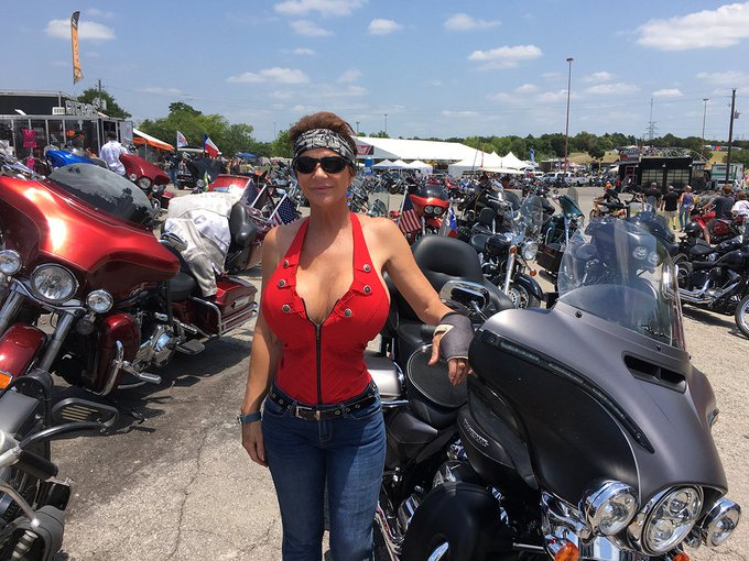 I Had a great time over the weekend at the ROT Bike Rally in Austin texas. https://t.co/l3OxdyCq0L