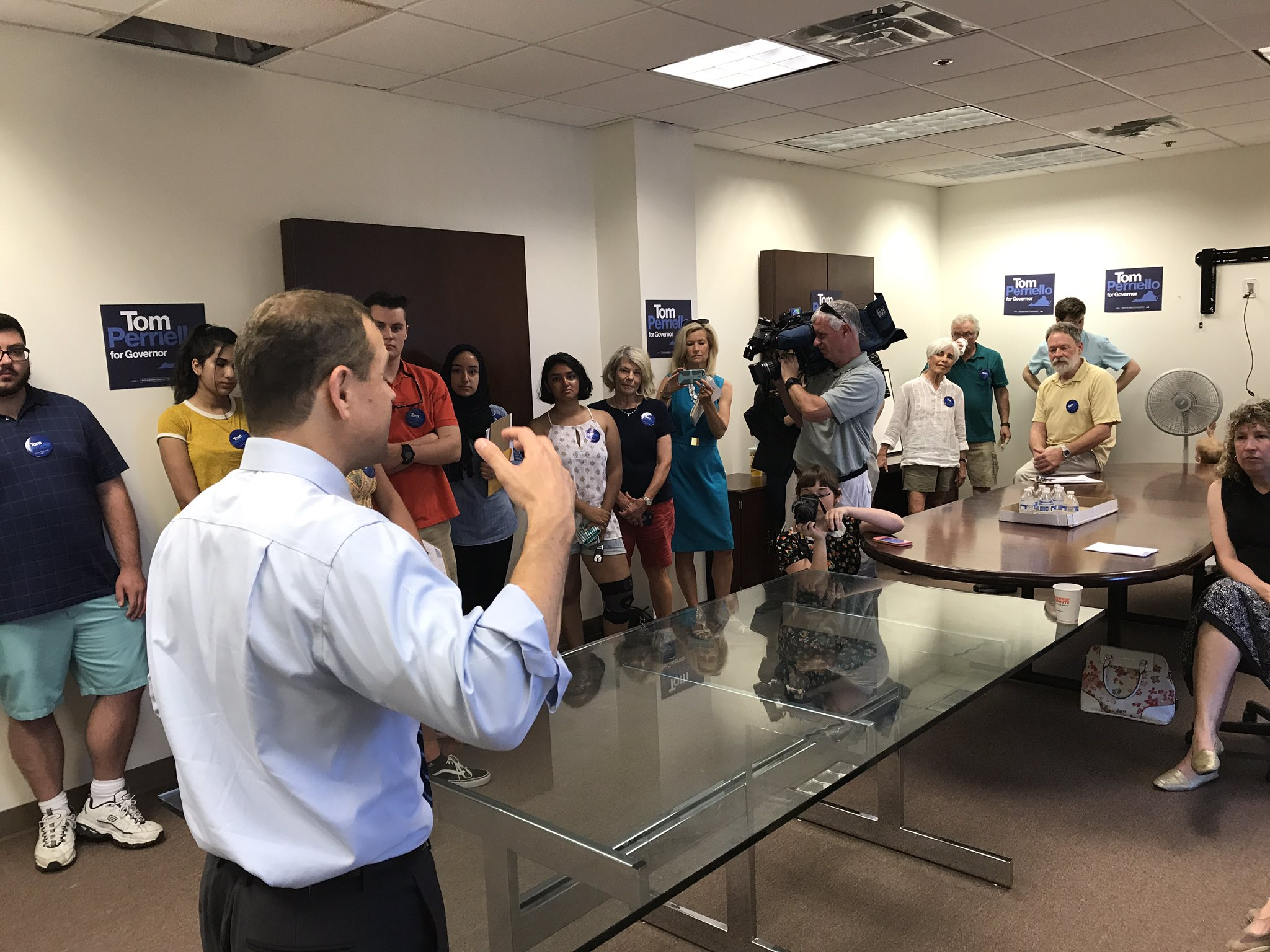.@tomperriello in Sterling launching dozens of canvassers to help instrument a monumental political upset tomorrow https://t.co/sErc7uVf1z