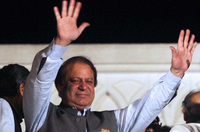 Pakistan PM Nawaz Sharif in Saudi Arabia for Gulf crisis talks