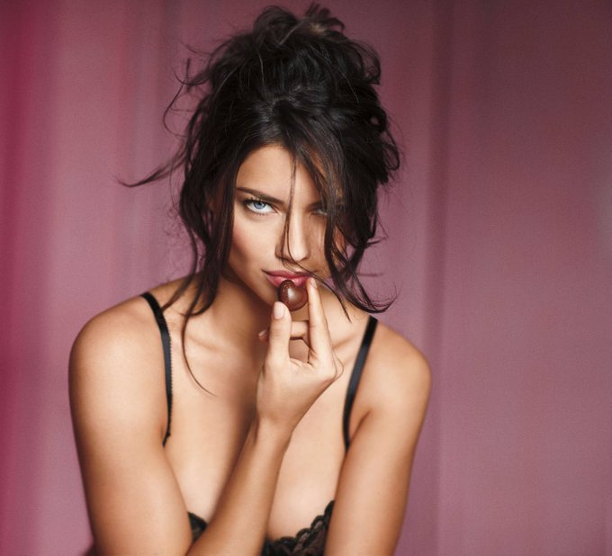 Happy birthday to the queen,adriana lima i love you so much