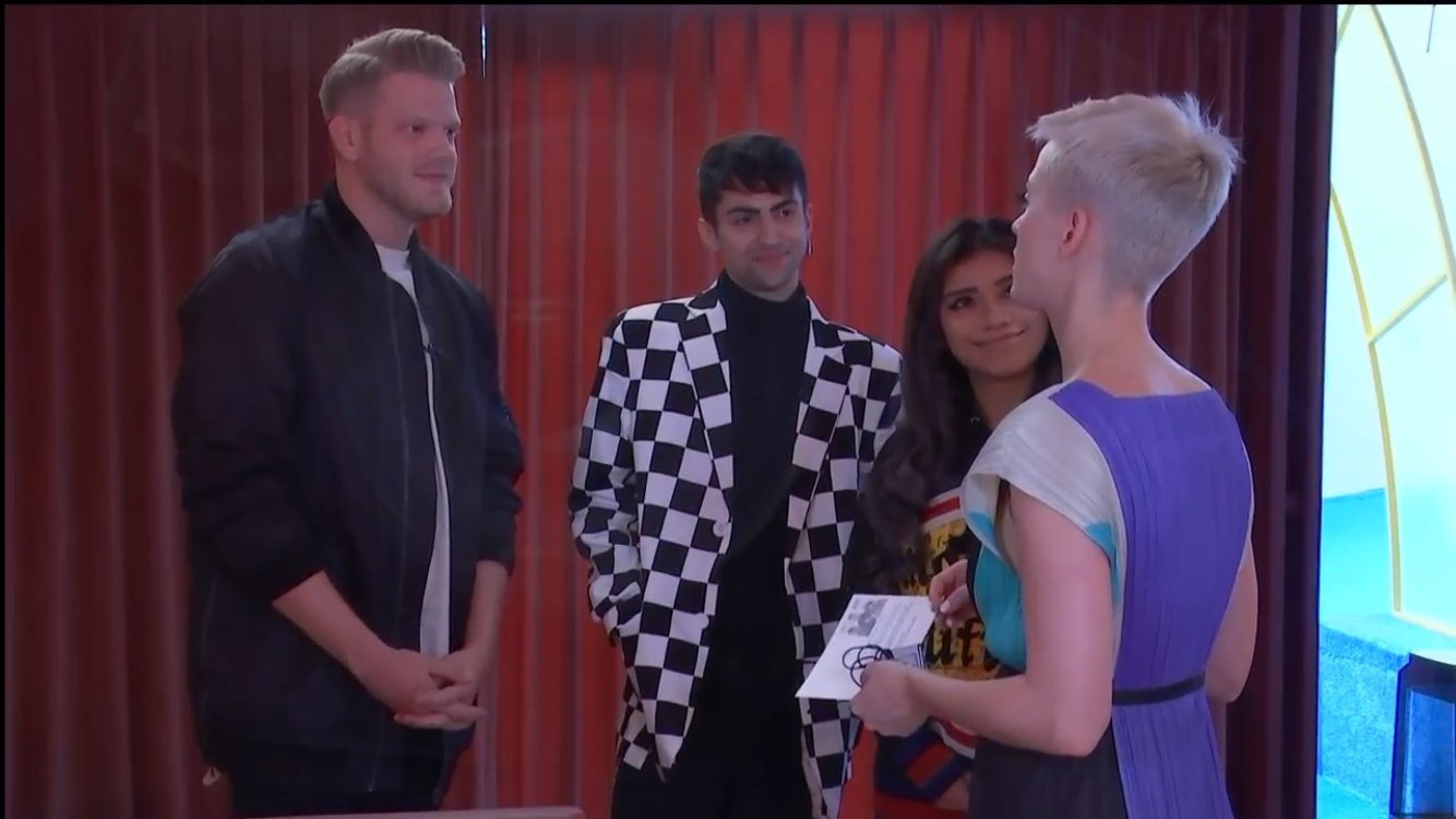 SURPRISE! Thanks for being a part of #KPWWW @PTXofficial -TeamKP https://t.co/KRZljlZVh0