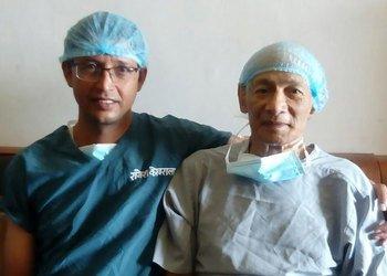 French 'bikini killer' has heart surgery in Nepal