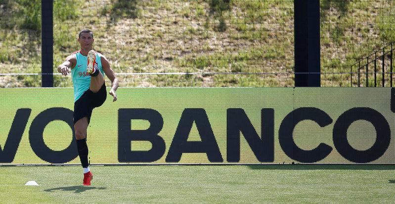 Spanish prosecutor files tax fraud lawsuit against Cristiano Ronaldo