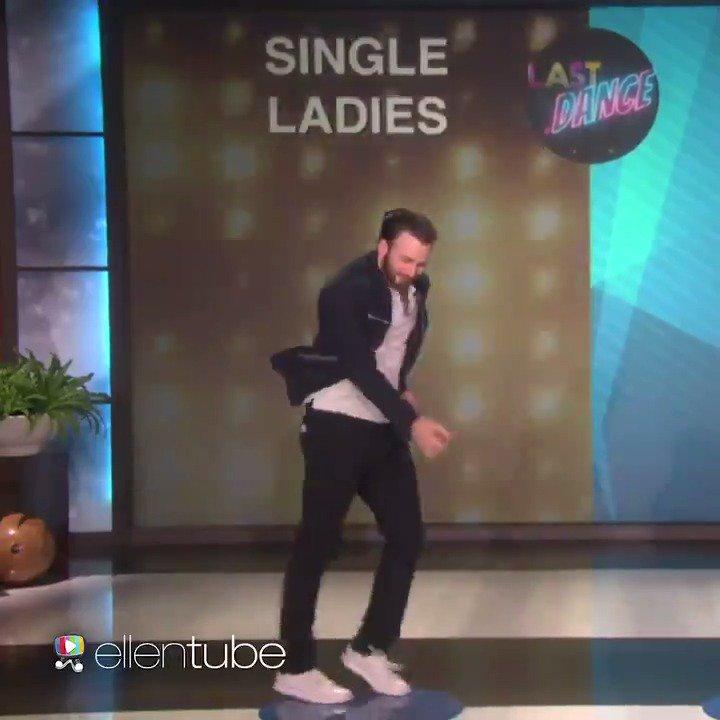 Happy birthday, @ChrisEvans! You've got wonderful moves. https://t.co/COjuZ3yPt2