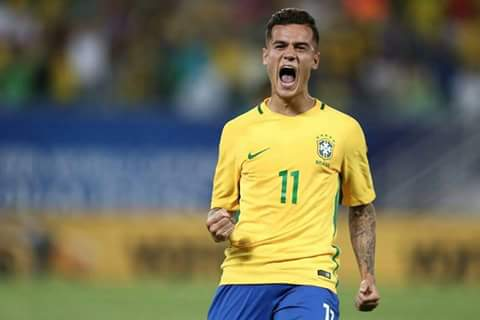 play maker ..coutinho   . Love u Couti .