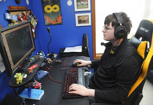 Ohio school to offer athletic scholarships for video gamers