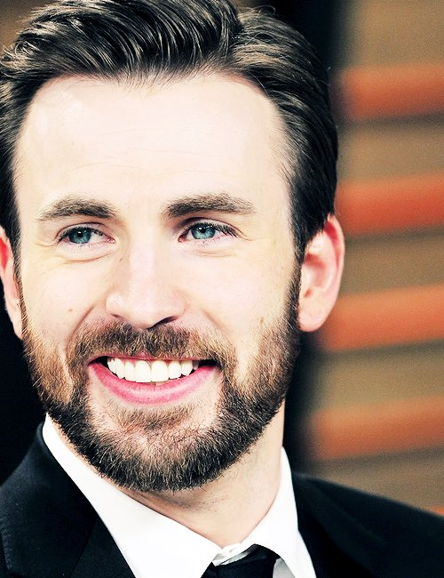 Happy 36th Birthday Chris Evans!