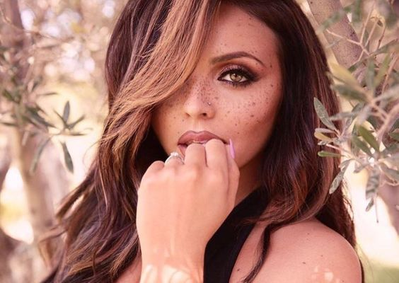 Happy birthday to a beautiful, strong, and talented woman- the one and only Jesy Nelson of