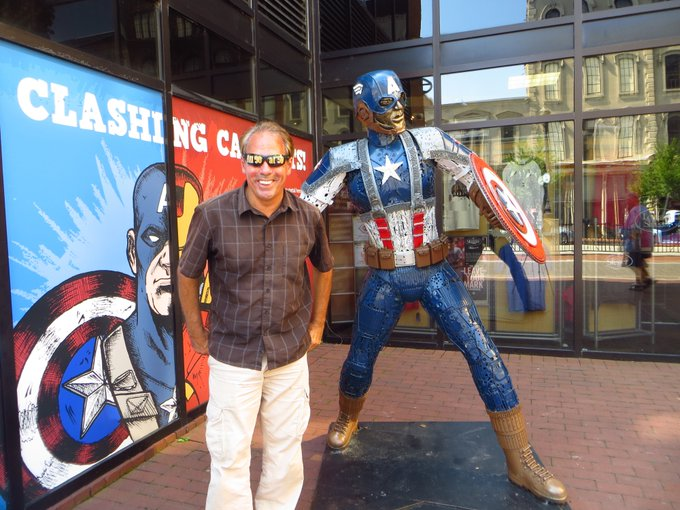 6/13 Happy 36th birthday Chris Evans aka Captain America.  Here\s his statue in Louisville, Kentucky