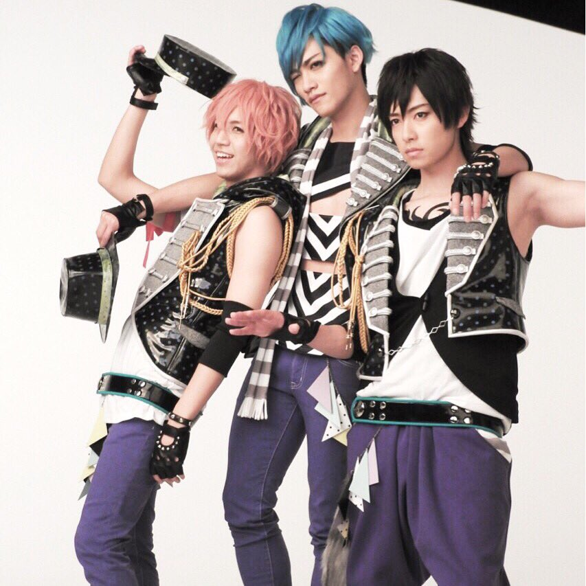 B-PROJECT on STAGE 『OVER the WAVE!』の撮影風景をお届けします!本日はTHRIVEの3名