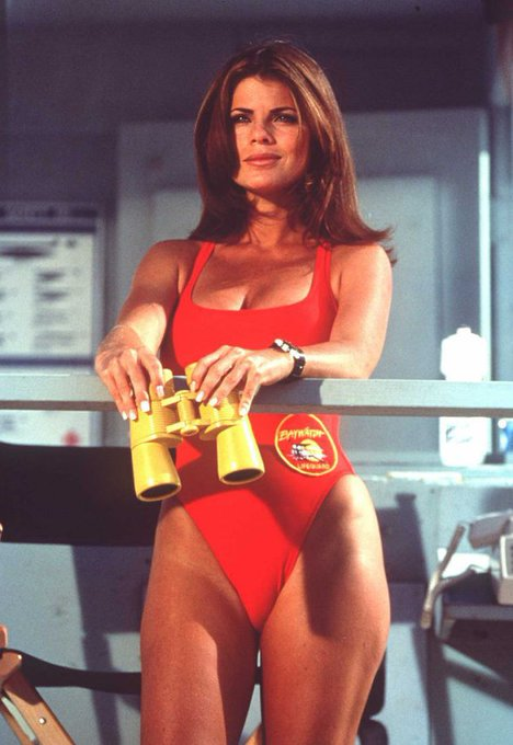 Happy Birthday to Yasmine Bleeth, who turns 49 today!