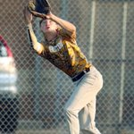 Weather halts game with SB-L leading Hinton, 6-1