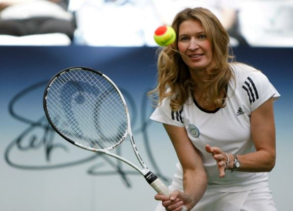 Happy 48th birthday to the legendary Steffi Graf!