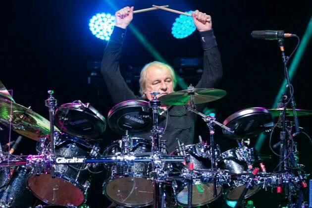 Happy 68th birthday to Alan White!