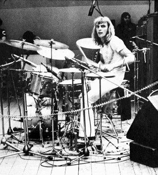 Happy Birthday to Alan White!